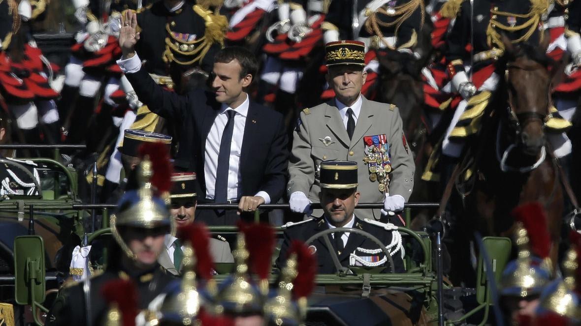 Francia tiene un problema de generales: por qué hay una refriega en las relaciones cívico-militares
