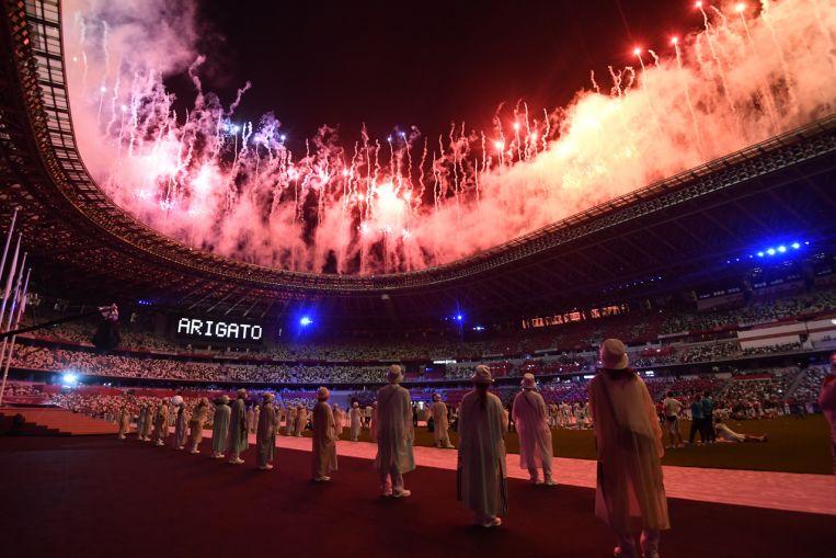 Juegos Olímpicos: tributos y gradas vacías al cierre de Tokio 2020;  EE. UU. Encabeza el medallero con 39 oros, Sport News & Top Stories