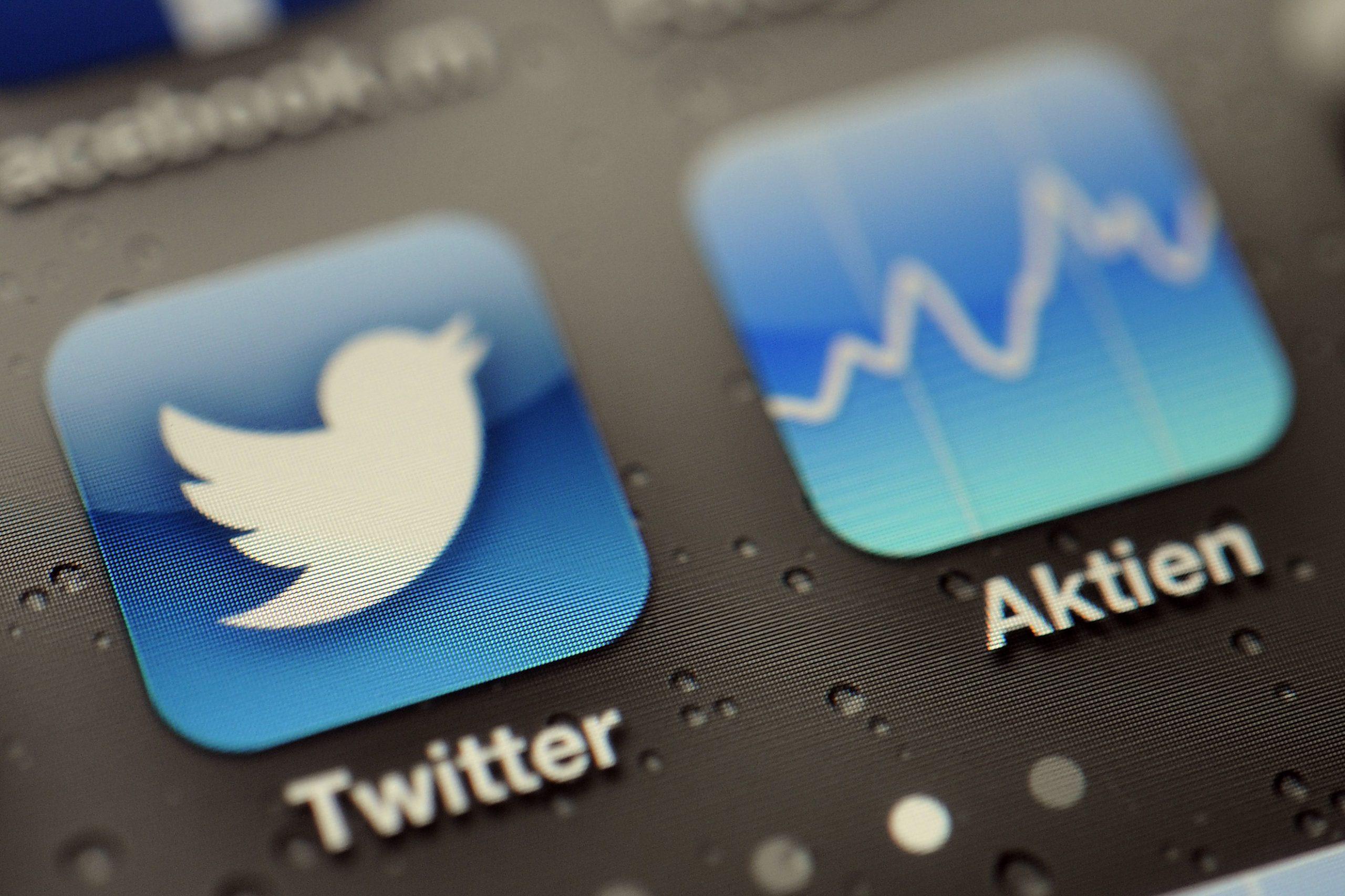 Twitter para eliminar los tweets de conspiración de la vacuna COVID